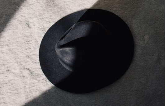 Black Hat on the Floor